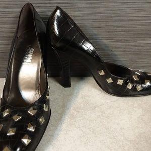 NEW  VERSACE Alligator Embossed Leather Heels